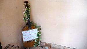 看板ギター